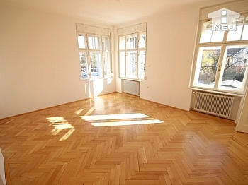 Feber   - Wunderschöne große Villa am Kreuzbergl