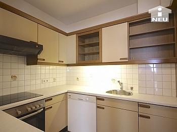 Rücklagen Tiefgarage Badezimmer - Sonnendurchflutete 3-Zi-Wohnung in Welzenegg