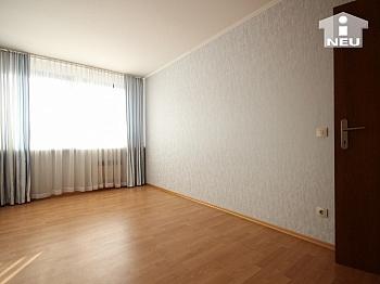 Schlafzimmer gemütlicher Tiefgaragen - Sonnendurchflutete 3-Zi-Wohnung in Welzenegg