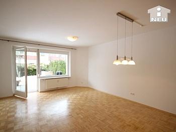 Schlafzimmer Speisekammer Kellerabteil - Hochwertige-Ruhige 2 Zi-Gartenwohnung in Waidmannsdorf