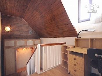 flachem offenem laufend - Idyllisches Wohnhaus in absoluter Sonnenlage in Klagenfurt