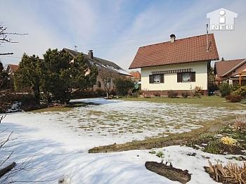 Autoabstellplätze Staumöglichkeiten Kaminanschluss - Idyllisches Wohnhaus in absoluter Sonnenlage in Klagenfurt