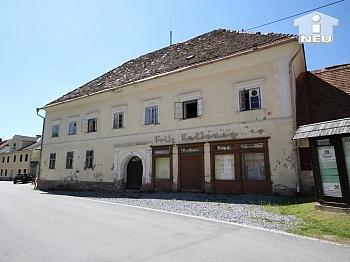 sanierungsbedürftig Grundrissdisposition Mittellabnhauses - Historische Liegenschaft mit Nebengebäude und Stall in Grades