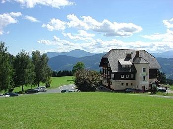 Holzisolierglasfenster Grundstückflächen Verbindungsstraße - Hotel-/Restaurant in Lavamünd mit Traumaussicht