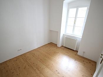 Wohnhausanlage Fliesenböden Stellplätze - 2 Zi Wohnung in Klagenfurt - Morrestrasse