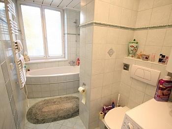 Westlage Vorraum sonnige - Schöne sanierte 3 Zi-Wohnung in Krumpendorf - See Nähe