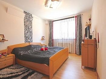 Abstellplätze Infrastruktur Großzügiger - Perfekt aufgeteilte 170 m² Wohnung in Launsdorf