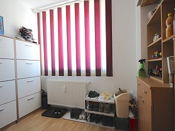 teilmöbliert Fliesenböden unmittelbarer - Perfekt aufgeteilte 170 m² Wohnung in Launsdorf