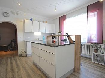Waschmaschinenanschluss Einkaufsmöglichkeiten Gemeinschaftsgarten - Perfekt aufgeteilte 170 m² Wohnung in Launsdorf
