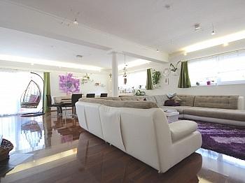 insgesamt Wohnhaus Parteien - Perfekt aufgeteilte 170 m² Wohnung in Launsdorf