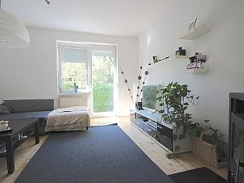 Hochpaterre Schiffboden Einzelofen - Helle, gepflegte 3-Zi-Gartenwohnung