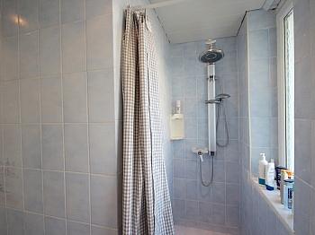 Badewanne Milchglas genügend - Helle, gepflegte 3-Zi-Gartenwohnung