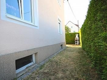 Brenner Vorraum sonnige - Helle, gepflegte 3-Zi-Gartenwohnung