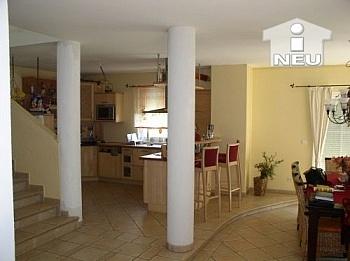 Fussbodenheizung ausschließlich Kunstofffenster - AUSSERGERICHTLICHE FEILBIETUNG bis 05.10.07 Wohnhaus in Maria Rain