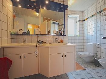 genutzt flaches ruhige - Heimeliges Einfamilienhaus mit Pool in Leibsdorf