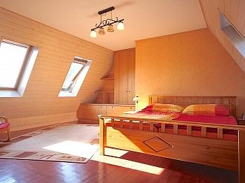 verbauten Esszimmer Hobbyraum - Heimeliges Einfamilienhaus mit Pool in Leibsdorf