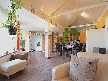 Südterrasse Wintergarten ausgestattet - Heimeliges Einfamilienhaus mit Pool in Leibsdorf