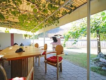 Gästeschlafzimmer teilunterkellert Gegenstromanlage - Heimeliges Einfamilienhaus mit Pool in Leibsdorf