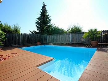 Gartenbereich Fliesenböden großzügiger - Heimeliges Einfamilienhaus mit Pool in Leibsdorf
