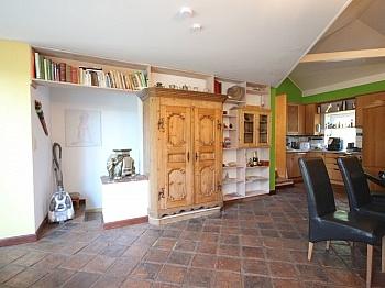 beinhaltet Heimeliges Weinkeller - Heimeliges Einfamilienhaus mit Pool in Leibsdorf