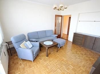 Fliesenböden Stellplätze Schlafzimmer - Hoch hinauf! Schöne 3 Zi Wohnung in St. Peter