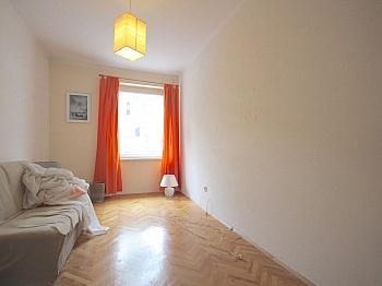 Stromheizung großzügige Hochparterre - Helle 3-Zi-Wohnung Nähe UKH-Klagenfurt
