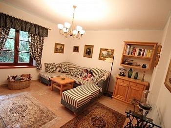 Möglichkeit Wintergarten großzügige - Neuwertige Villa in Moosburg
