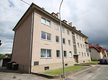Mietzinsliste hervorragende Fliesenböden - Zinshaus mit 12 Wohnungen in Klagenfurt