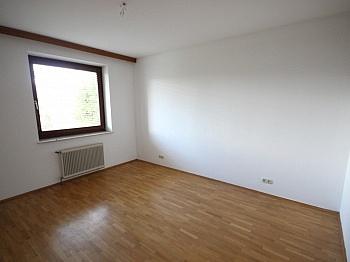 Lebensmittel Volksschulen Obergeschoss - Sehr schönes Wohnhaus in Feldkirchen-St. Ruprecht!