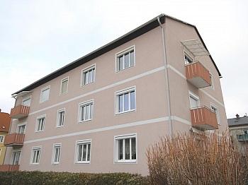 Küche Balkon inkl - Helle 3-Zi-Wohnung 80 m² in Waidmannsdorf