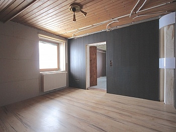 Wasserleitungen Gartenhäuschen Sitzgelegenheit - Zentrale 3-Zi-Wohnung 71 m² in Welzenegg