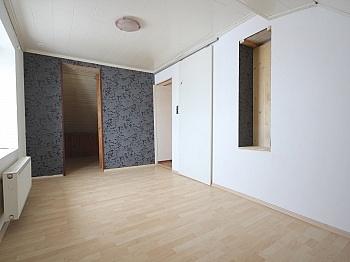 Abstellplätze thermoisoliert Fliesenböden - Zentrale 3-Zi-Wohnung 71 m² in Welzenegg
