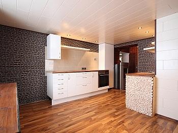 Abstellraum Wohnung Küche - Zentrale 3-Zi-Wohnung 71 m² in Welzenegg