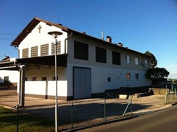 Gewerbeeinheit Zentralheizung Fliesenböden - Bäuerliches Zweifamilienwohnhaus Ebental