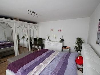 - Bäuerliches Zweifamilienwohnhaus Ebental
