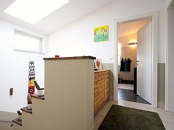 Badezimmer Klagenfurt Waschraum - Neuwertiges Einfamilienhaus Klagenfurt/Limmersdorf