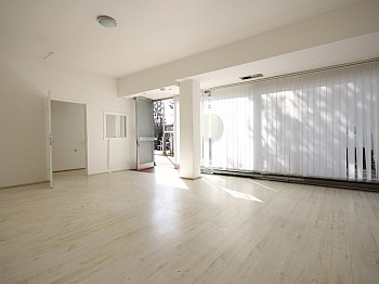 Geschäftslokal Schaufensterflächen Anzengruberstrasse - 46 m² Büro/Geschäftslokal in St.Martin