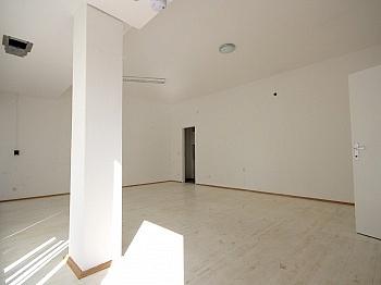 Aluminiumfenster Geschäftsraum Zentralheizung - 46 m² Büro/Geschäftslokal in St.Martin