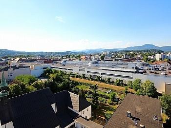 Zugang Wanne Wohn - Sonnige 3-Zi-Wohnung mit traumhaftem Fernblick