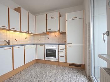 Stellplätze Schlafzimmer Kellerabteil - Sonnige 3-Zi-Wohnung mit traumhaftem Fernblick