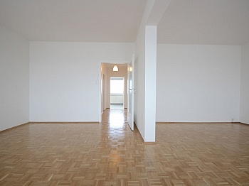Fernwärme Stockwerk Esszimmer - Sonnige 3-Zi-Wohnung mit traumhaftem Fernblick