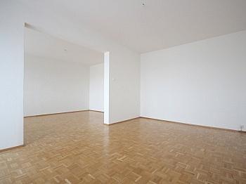 inkludiert Klagenfurt Badezimmer - Sonnige 3-Zi-Wohnung mit traumhaftem Fernblick
