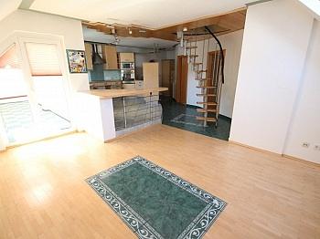Schlafzimmer inkl Eigengarten - 160m² 5 Zi-Wohnung in der Gartengasse