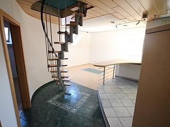 Diele   - 160m² 5 Zi-Wohnung in der Gartengasse