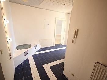 Kochnische Verwaltung Wohnzimmer - 160m² 5 Zi-Wohnung in der Gartengasse