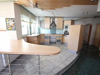 Fernwärme Warmwasser Vorraum - 160m² 5 Zi-Wohnung in der Gartengasse