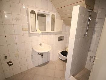 Dusche Sauna Büro - 160m² 5 Zi-Wohnung in der Gartengasse