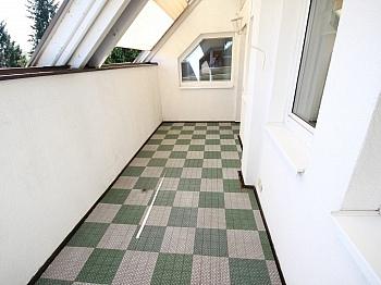 Kaminanschluß Fliesenböden Einbauelemete - 160m² 5 Zi-Wohnung in der Gartengasse