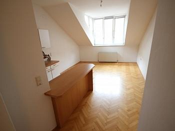 Sofort ruhige Küche - Sanierte Stadtwohnung 85m² in der Kramergasse