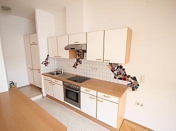 Wohnzimmer möblierte bestehend - Sanierte Stadtwohnung 85m² in der Kramergasse